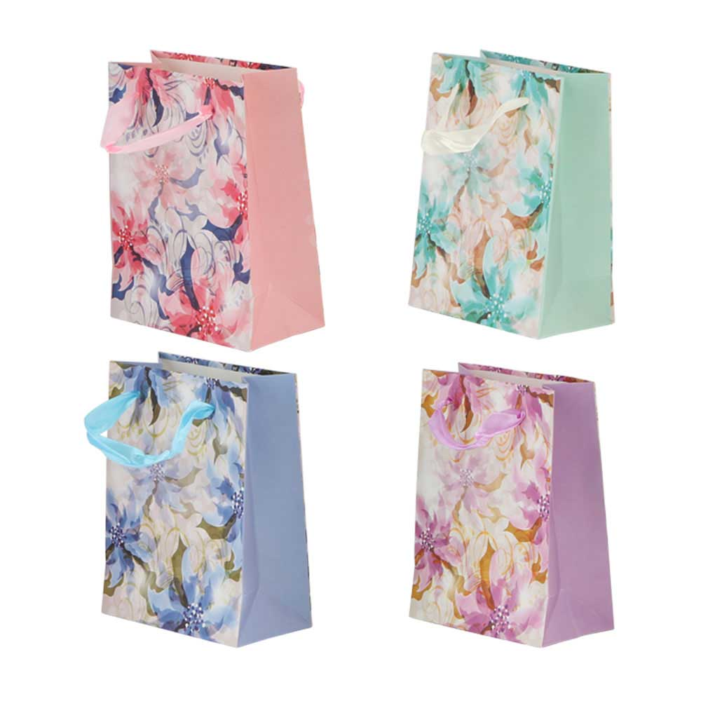 Small flowered gift bag with satin ribbon متجر 15 وأقل
