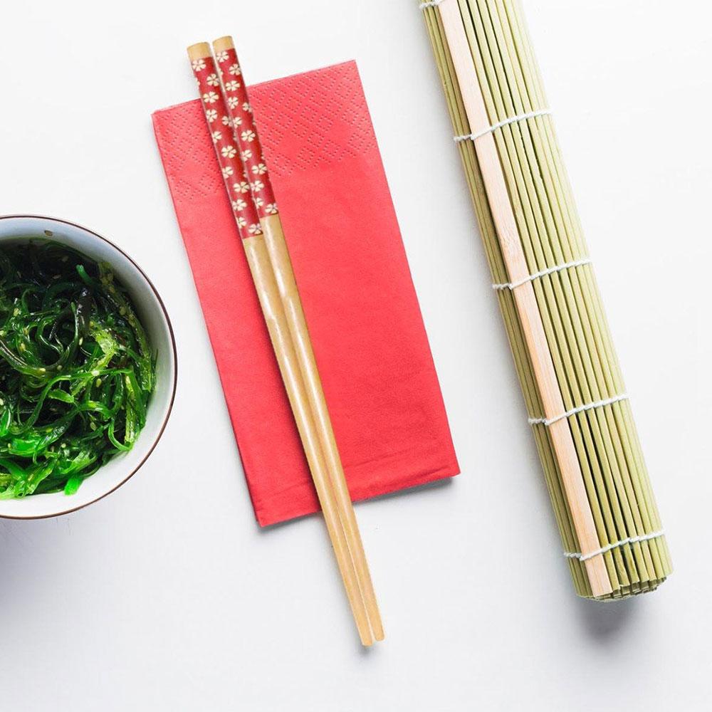 أعواد ( عيدان ) الأكل الصينية خشبي لون احمر طقم لشخص واحد متجر 15 وأقل