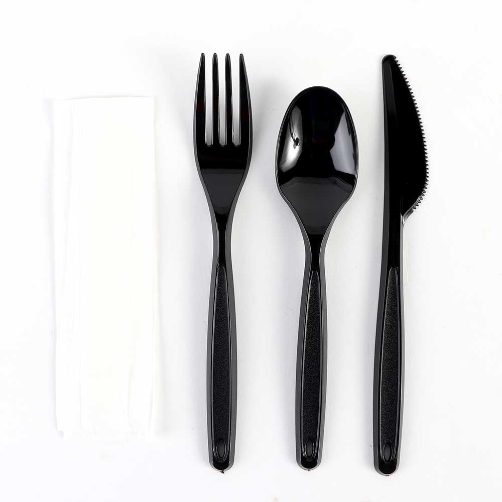 Covered Set Fork and Spoon and Knife in Black Color متجر 15 وأقل