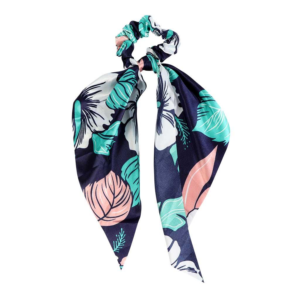 Satin Hair Tie With A Leafy Pattern On A Dark Blue Background متجر 15 وأقل