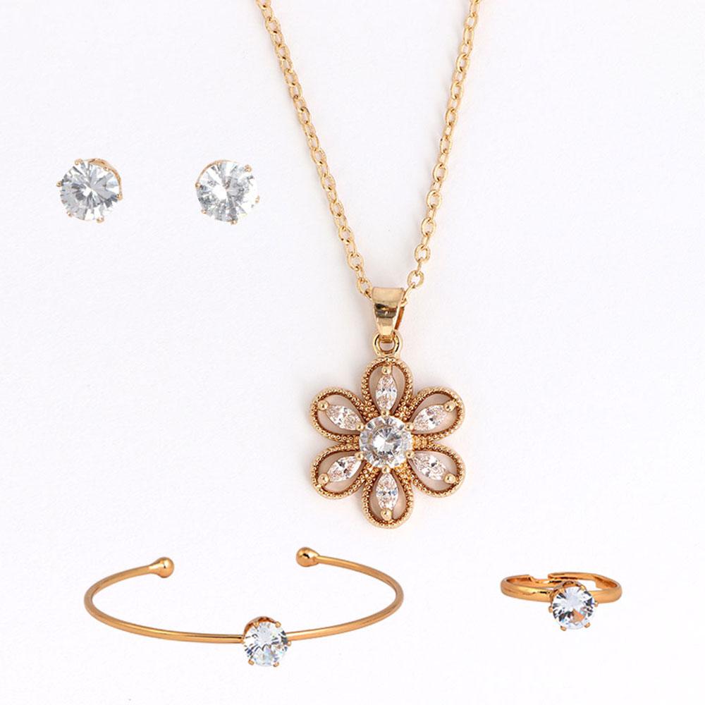 Girls' Accessories Set - Golden Color متجر 15 وأقل