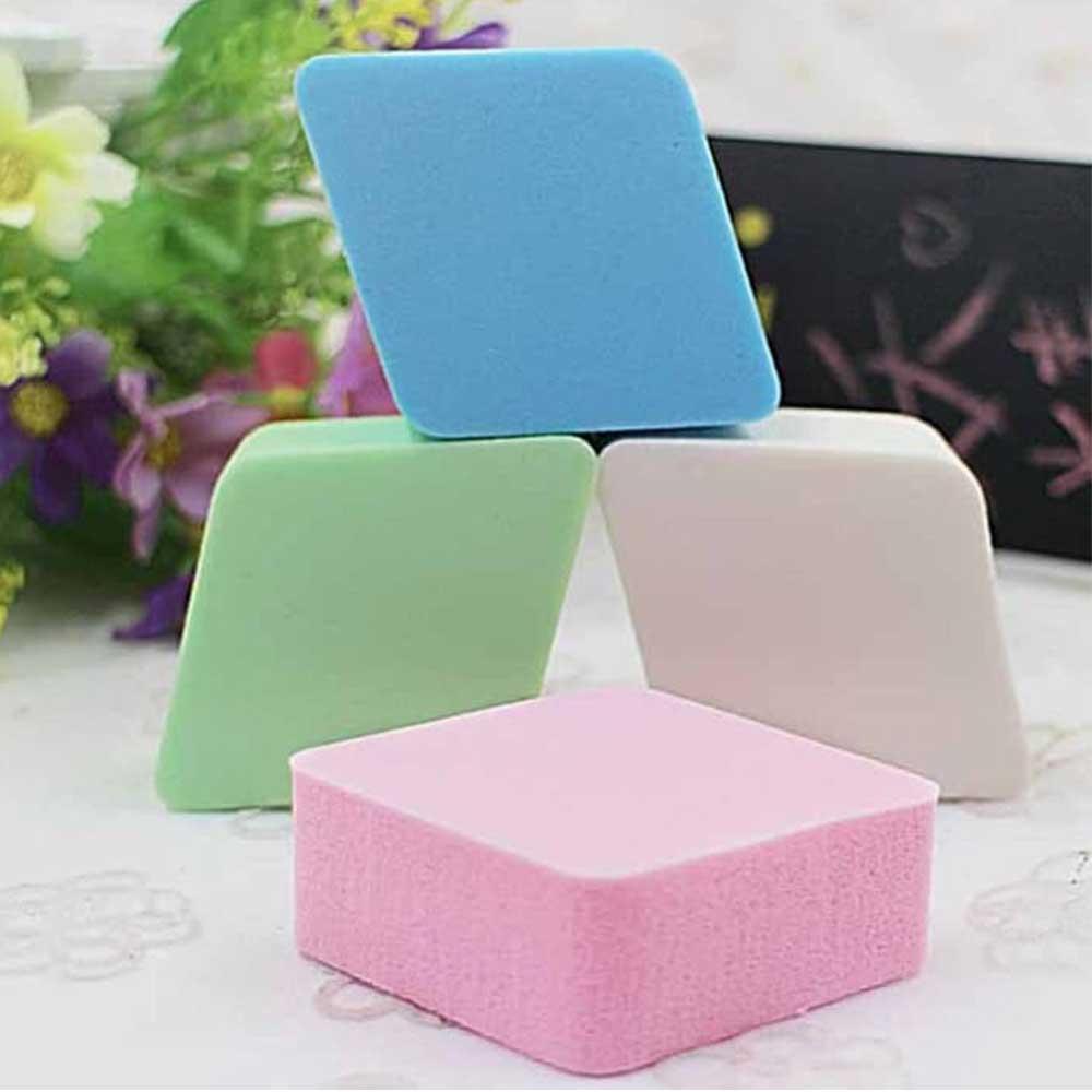 Makeup Sponge In Diamond Shape - 4 Pieces - 4 Colors متجر 15 وأقل