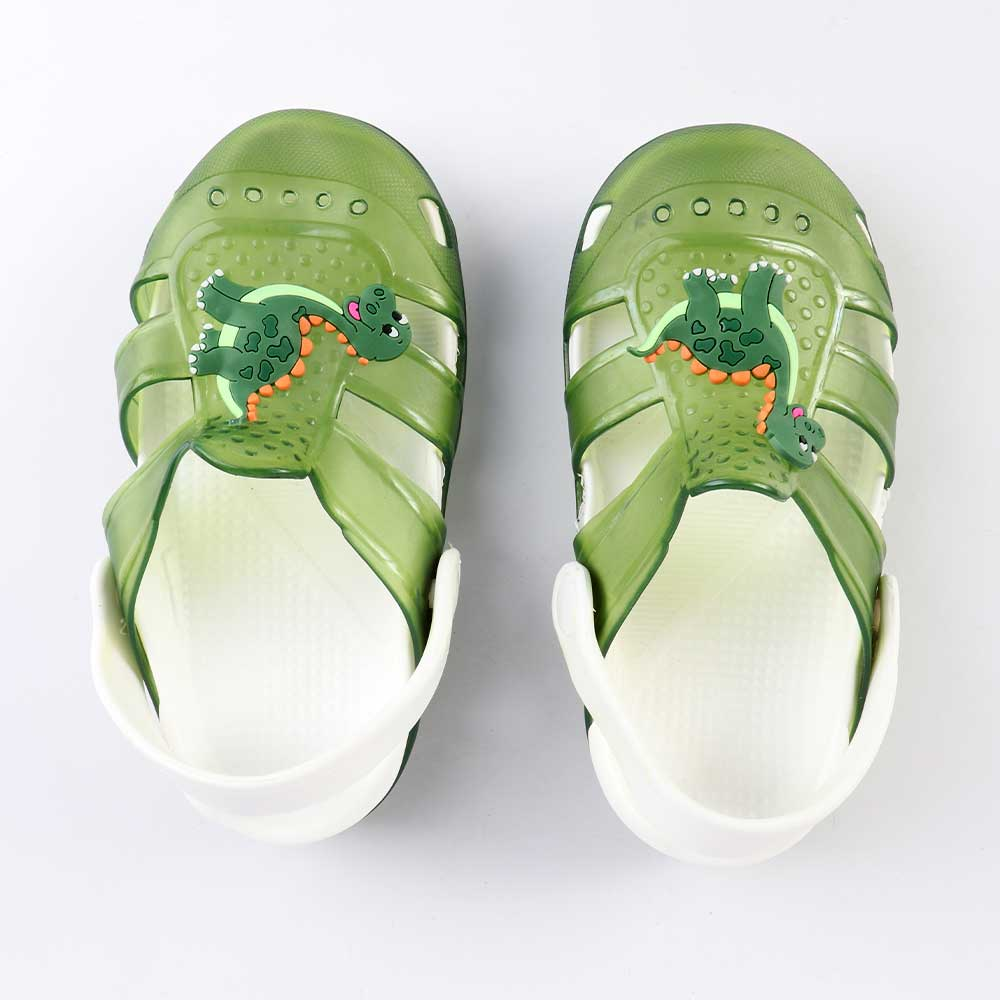 Kids Slippers that lights up Size 28 Color Green متجر 15 وأقل