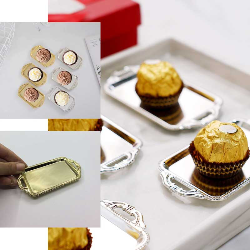 ٍSmall Plastic Plates for Distributions and Dessert with silver color 12 pcs متجر 15 وأقل