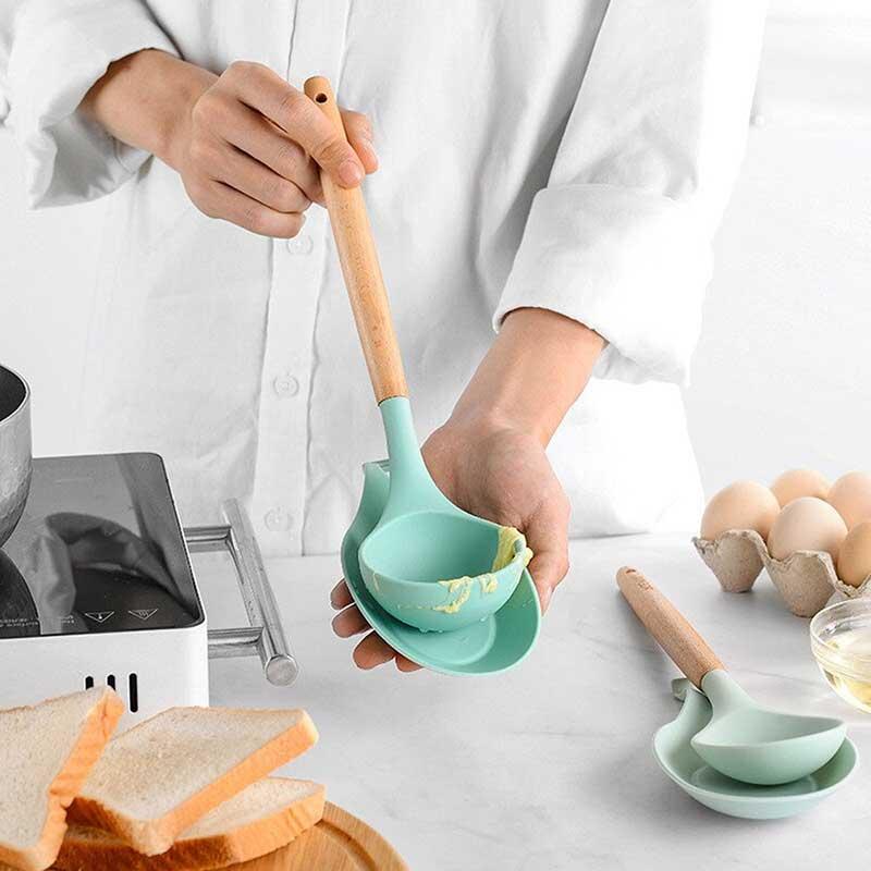 قاعدة من السيلكون لملاعق الطبخ متعددة الاستخدامات متجر 15 وأقل