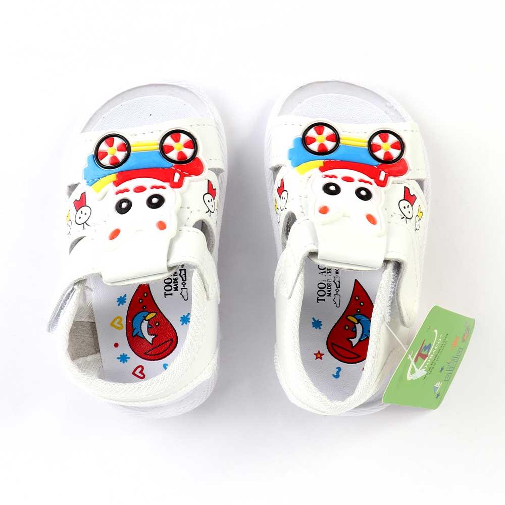 حذاء أطفال بصافرة مقاس20 لون أبيض متجر 15 وأقل
