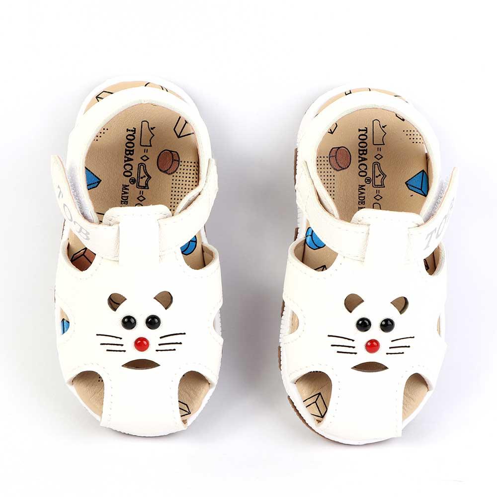 حذاء أطفال مغلق مقاس 17 لون أبيض متجر 15 وأقل