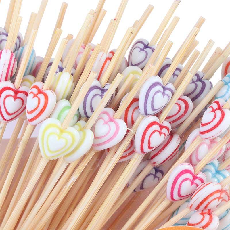 طقم أعواد تزيين الحلى و تقديم مزينة بقلوب ملونة 80 قطعة متجر 15 وأقل