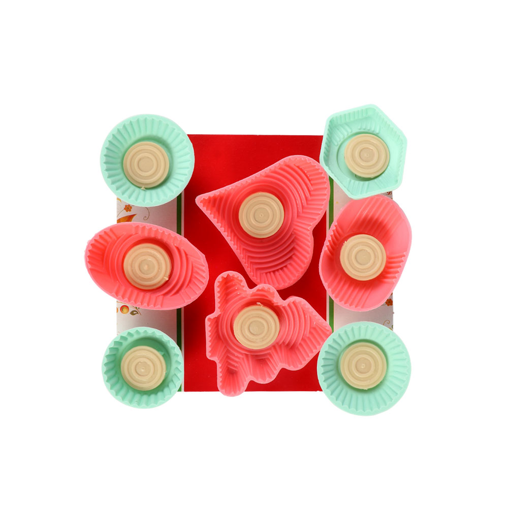 Plastic Maamoul Molds Of Different Shapes 8-Pieces متجر 15 وأقل