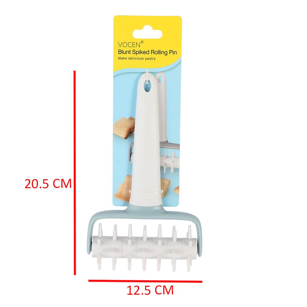 Plastic Dough Puncher Color White متجر 15 وأقل