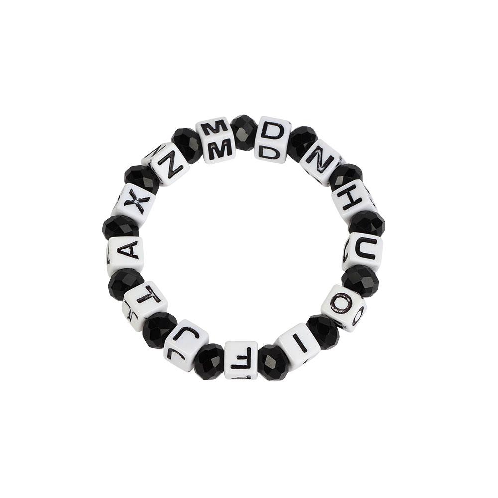 Plastic Wrist Band In White With Black Beads Color متجر 15 وأقل