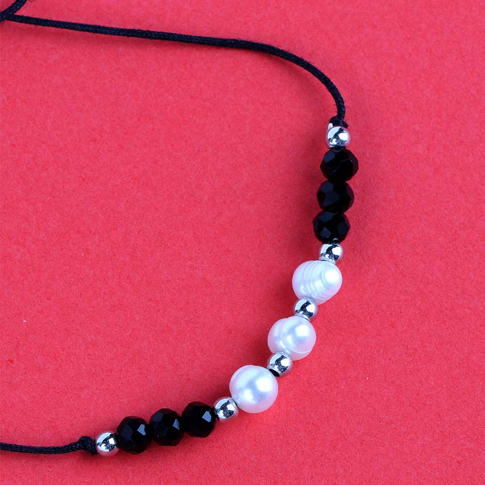 Fabric Bracelets Decorated With Black Pearls متجر 15 وأقل