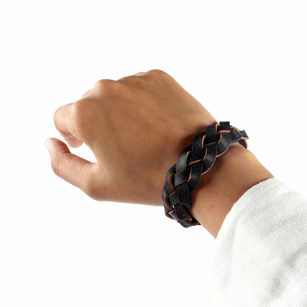 Wrist band multi-layer Braided Leather In Brown And Black Color متجر 15 وأقل