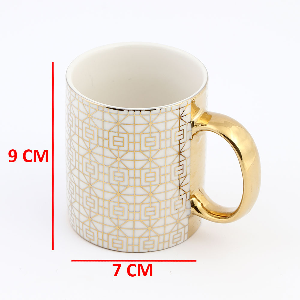 كوب زجاجي لون بيج بقبضة يد ذهبية بزخرفة هندسية جميلة موديل 3 متجر 15 وأقل