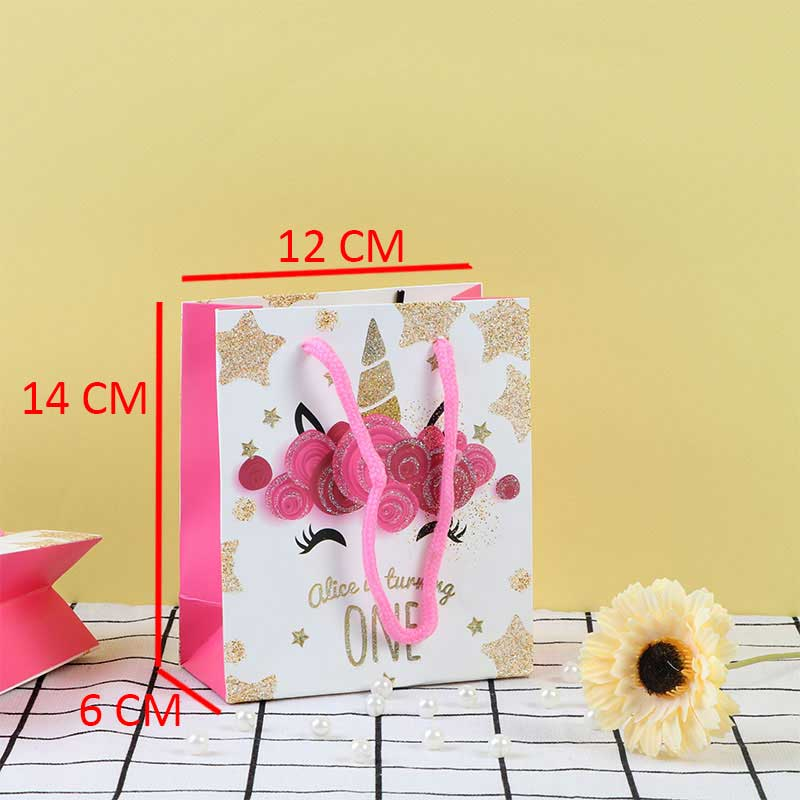 A Small Pink Gift Bags With Flowers stickers متجر 15 وأقل