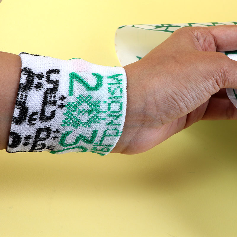 Ties To Head And Hand Cloth With The Logo Of Vision 2030 - White متجر 15 وأقل