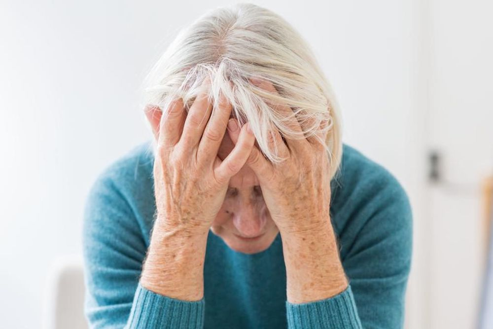 How to deal with an Alzheimer's patient How to deal with an Alzheimer's patient متجر 15 وأقل