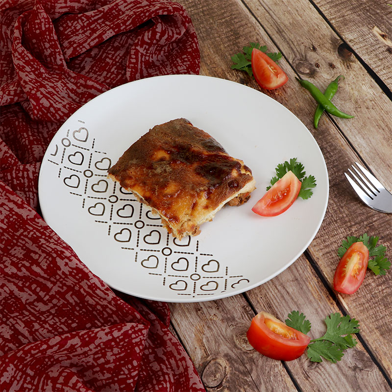 صحن سيراميك - طبق طعام بحجم كبير أبيض مزين بقلوب متجر 15 وأقل