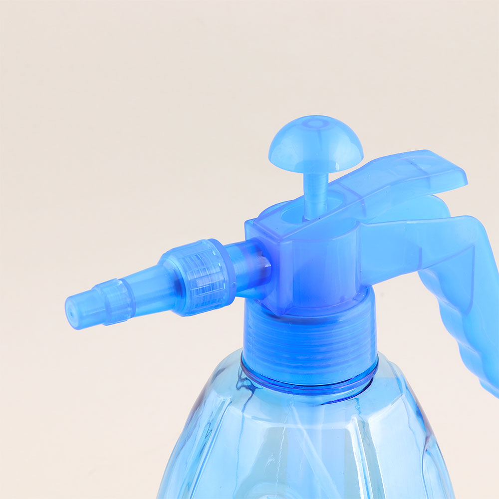 Multifunctional Pressure Plastic Water Spray Suitable For Home Use 1.5 Litres - Blue متجر 15 وأقل