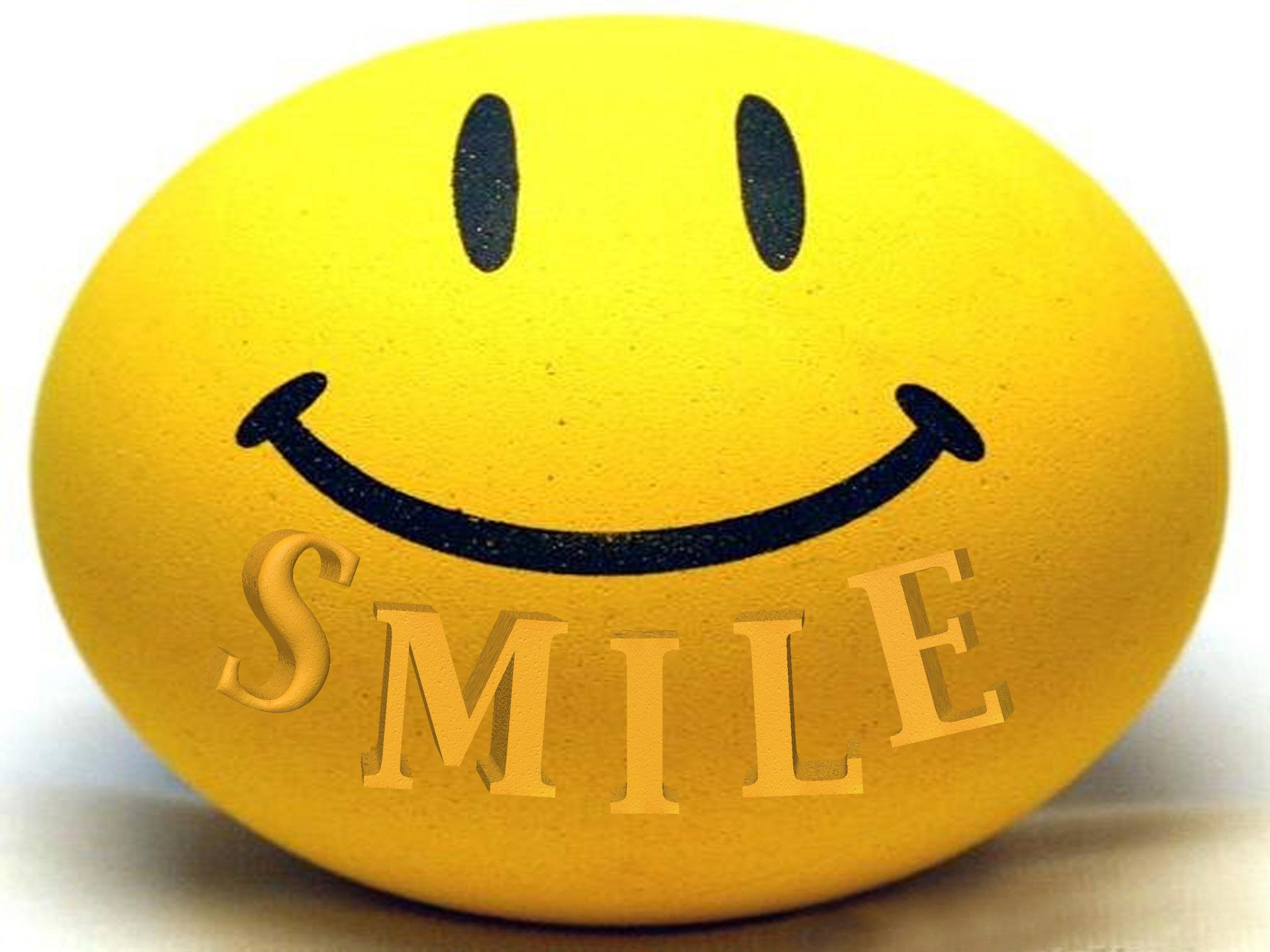 يحتفل العالم باليوم العالمي للابتسامة